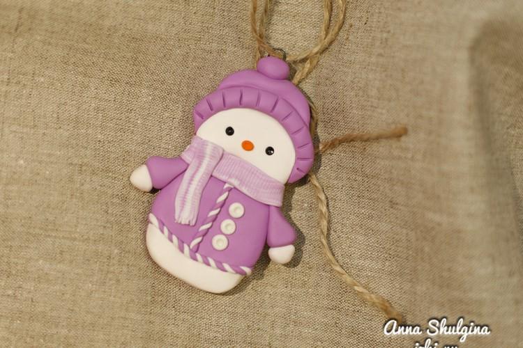 Снеговик в розовом