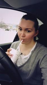 Особый кайф на парковке у Макдака в одиночестве точить картошку и пить молочный коктейль:))